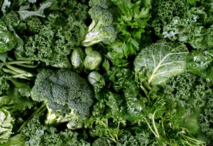 leafy green vegetable Food rich in vitamins